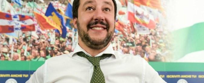 Salvini e la bambola gonfiabile: solo battute, zero politica