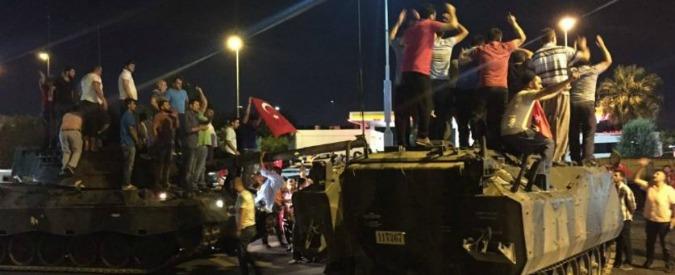 Turchia, 17 imputati condannati a 141 ergastoli a testa per il tentato golpe