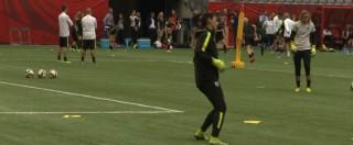 """Calcio Usa, 6 mesi di squalifica per Hope Solo. Il portiere della nazionale femminile insultò le avversarie: """"Codarde"""" – VIDEO"""