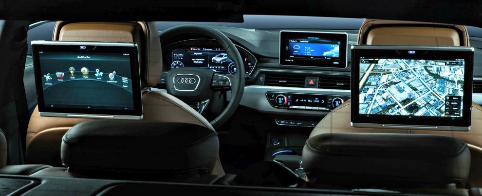 Connettività in auto, i tedeschi del lusso sono primi in quella user friendly