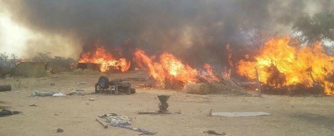 """Nigeria, l'esercito su Twitter: """"Ucciso leader di Boko Haram in un raid aereo"""""""
