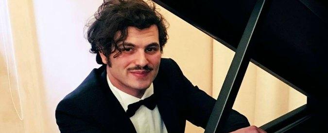 """""""Io, pianista sordo dalla nascita. Per i medici sono un miracolo e la mia prof pensa che sia 'il nipote di Dio'"""""""