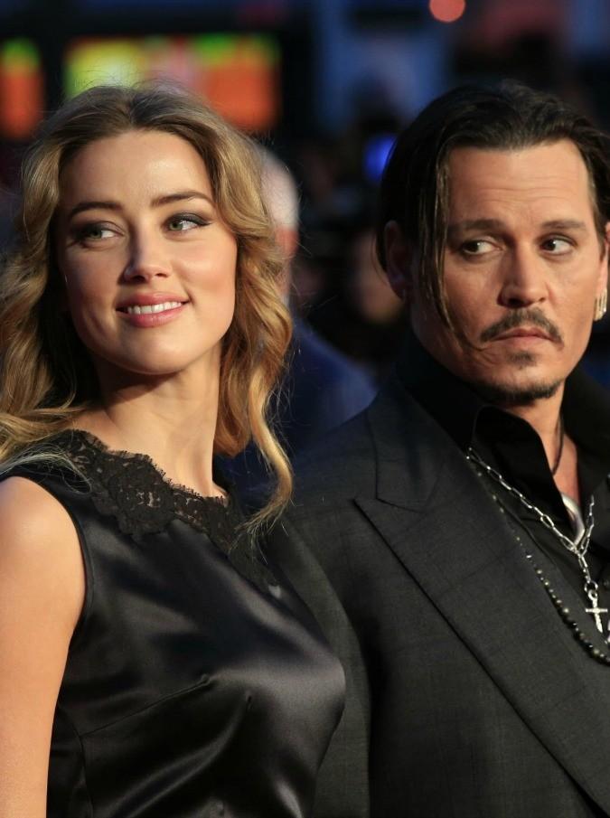 Johnny Depp, raggiunto l'accordo con Amber Heard per il divorzio: l'attore darà 7 milioni di dollari alla moglie
