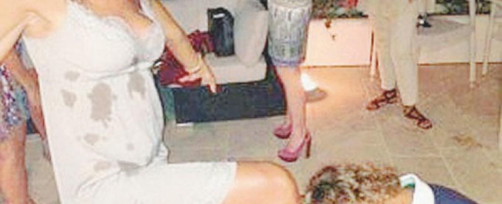Il bacia-piede costa l'inchiesta sui treni