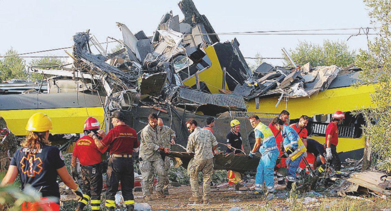 """Scontro treni Andria-Corato, l'indagine ministeriale: """"La legge del 2007 sulla sicurezza applicata solo dopo l'incidente"""""""