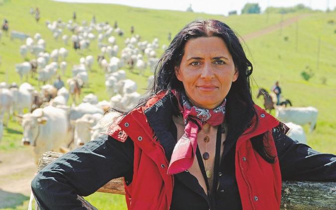 """""""Il mio pascolo libero. Le nostre mucche insegnano la felicità"""""""