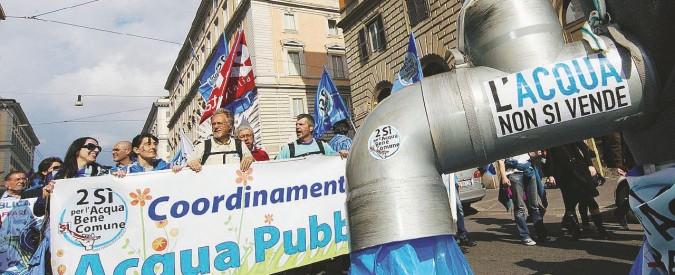 Acqua pubblica, il comune si ribella? La banca (irlandese) lo commissaria