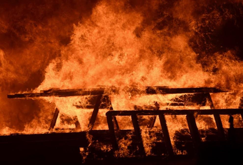 Incendi in California: dichiarato lo stato di emergenza, 82mila evacuati