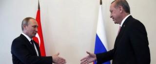 """Putin-Erdogan, c'è la stretta di mano. """"Via le sanzioni contro Ankara"""". """"Pronti a rilanciare il Turkish Stream"""""""