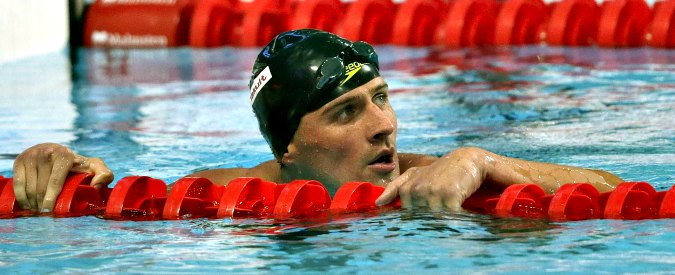 "Olimpiadi Rio 2016, Ryan Lochte rapinato: ""Mi hanno puntato la pistola alla testa"""