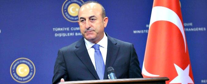 """Turchia, Ankara: """"In Siria operazioni congiunte con la Russia. Due colonnelli fuggiti in Italia dopo il tentato golpe"""""""