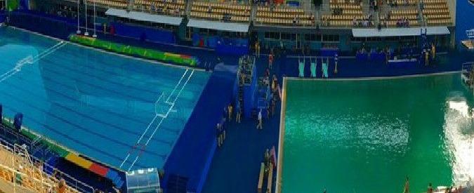 Rio 2016, il mistero della piscina che si tinge di verde da un giorno all'altro
