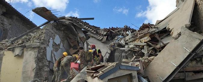 """Terremoto Centro Italia, cinque indagati per i crolli delle case popolari di Amatrice: """"Pilastri molto sottili"""""""