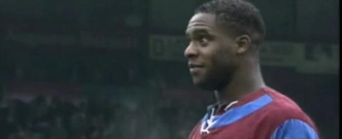 Inghilterra, ex attaccante Aston Villa Atkinson morto: polizia lo aveva colpito con taser