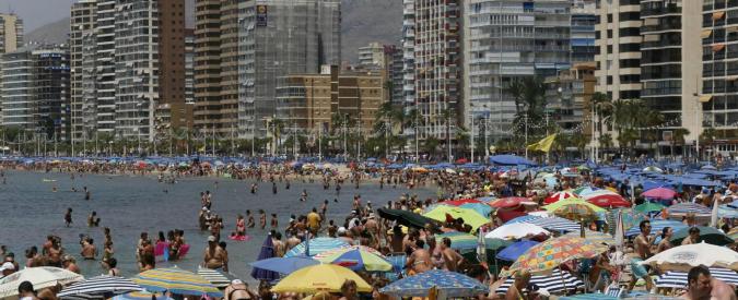 Camorra, arrestato latitante in Spagna: si nascondeva in un resort di lusso