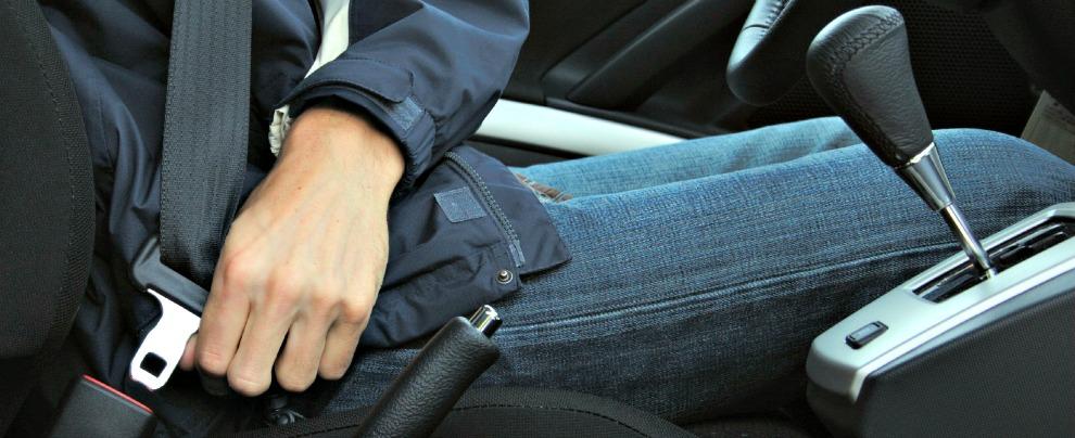 Sicurezza stradale, il primo pensiero degli italiani in auto è per le cinture