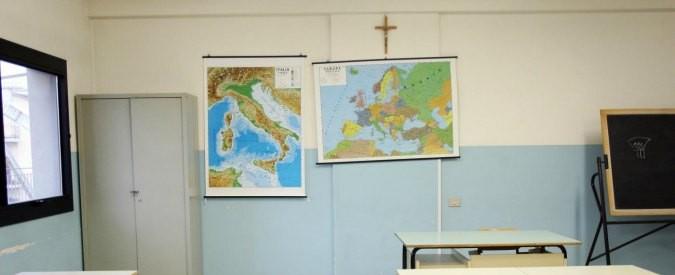 """Lega: """"Crocifisso nelle aule e negli uffici"""". Ma dimentica i valori cristiani"""