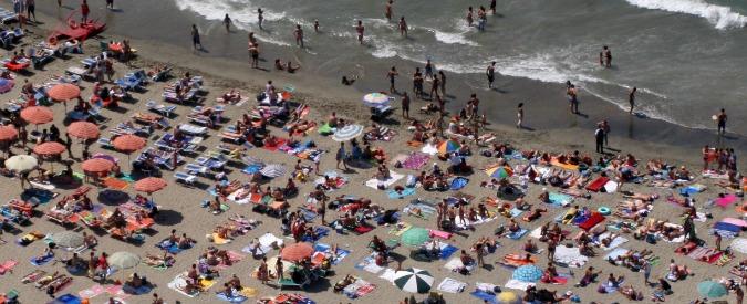 Case vacanze sovraffollate truffe online e sesso in spiaggia. L'estate un po' furba e un po' cafona degli italiani