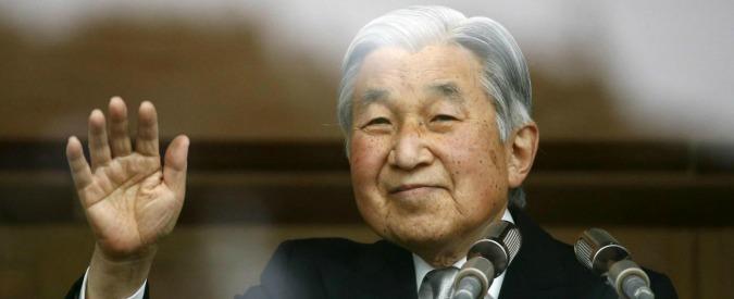 """Giappone, l'imperatore Akihito pronto ad abdicare: """"Difficile andare avanti"""""""