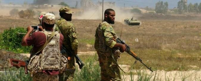 Isis, occorre fornire una via di resa ai miliziani