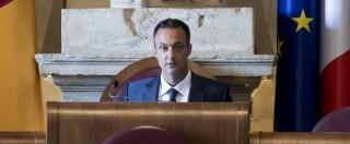 """Roma, M5s : """"Aboliamo il titolo di onorevole per i consiglieri"""". Il Pd è contrario: """"Ci sono problemi più urgenti"""""""