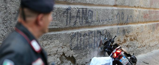 """Napoli, sparatoria nel centro storico: due morti e un ferito. """"Indagini sui clan camorristici della zona"""""""