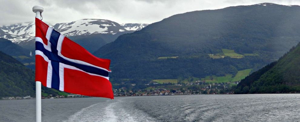 """Mobilità sostenibile, la Norvegia fa dietrofront. """"Non vieteremo le auto con motori termici"""""""