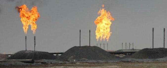 Petrolio, la crisi del petrodollaro a cui nemmeno la Germania può sottrarsi