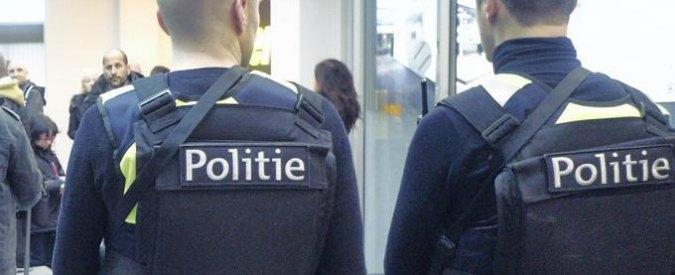 """Belgio, uomo ferisce due poliziotte con machete al grido di """"Allah Akbar"""". Premier: """"Forse è terrorismo"""""""