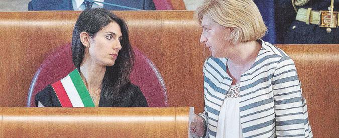 """Rifiuti Roma, il sindaco Raggi era al corrente dell'assessore indagato. Muraro: """"So di inchiesta su di me da fine luglio"""""""