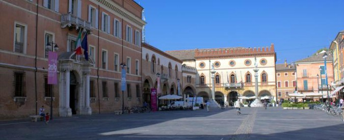 Ravenna, il ricordo di Ettore Muti. Il parroco nell'omelia contro unioni gay, aborto e comunismo