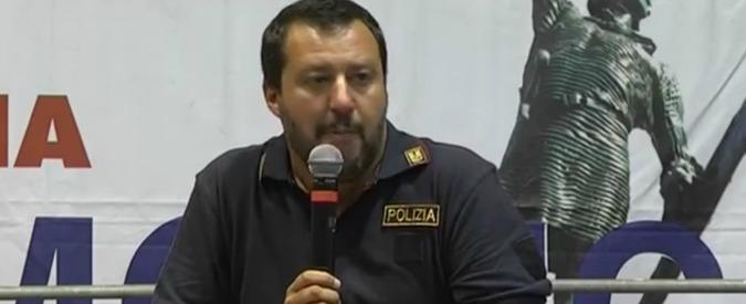 """Lega, sindacati di polizia contro Salvini: """"Intollerabile il comizio con la nostra maglietta, ennesimo atto provocatorio"""""""