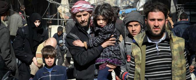 """Siria, """"Assad e Isis hanno usato armi chimiche in almeno tre attacchi"""""""
