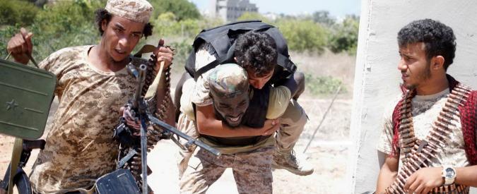"""Sirte, milizie vicine ad Al Sarraj: """"Preso il controllo del quartier generale dell'Isis"""""""