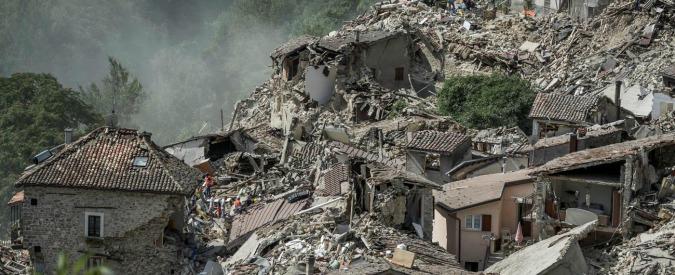 """Terremoto: norme permissive, poche risorse e niente mappatura. """"In zone a rischio l'80% dei fabbricati crollerebbe"""""""