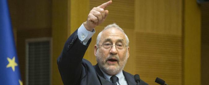 """Euro, Stiglitz: """"Doveva portare prosperità, ha fatto l'opposto. Ora abbandonarlo o crearne uno per il Sud Europa"""""""