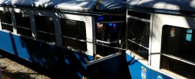 Trieste, scontro frontale tra due tram: otto feriti, compresi i due autisti