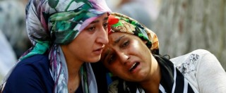 """Turchia, attentato alle nozze di militante del partito filocurdo: 50 morti. """"E' stato Isis. Kamikaze aveva 12 – 14 anni"""" – FOTO"""