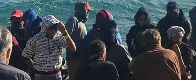 Ventimiglia, tafferugli tra No Borders e polizia: agente muore per un infarto