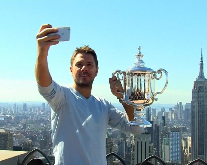 "Us Open 2016, Wawrinka festeggia sul tetto di New York: ""È speciale"" – VIDEO"