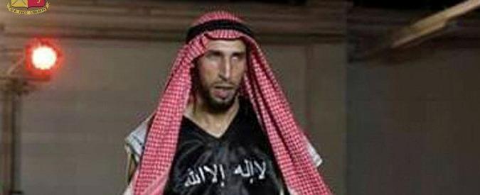 Terrorismo, chiesto giudizio immediato per pugile pronto al jihad. Trovato pugnale usato per decapitazioni