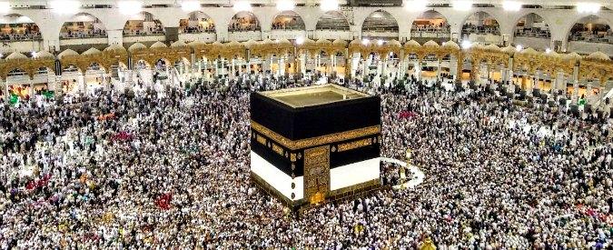 """Pellegrinaggio alla Mecca, per la prima volta dal '79 gli iraniani non ci saranno. Arabia Saudita: """"Non sono musulmani"""""""
