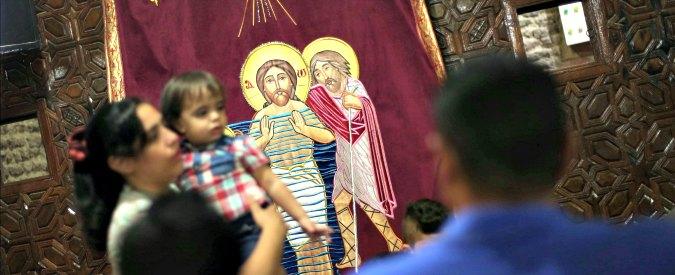"""Egitto, stretta su costruzione delle chiese. Cristiani si dividono: """"Passo avanti"""". """"No, copti trattati ancora come minoranza"""""""