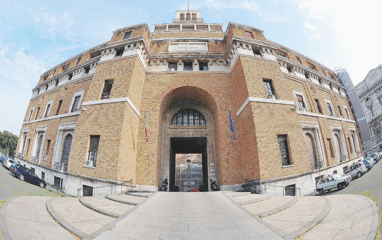 I Tribunali dei ministri, nuovi porti delle nebbie