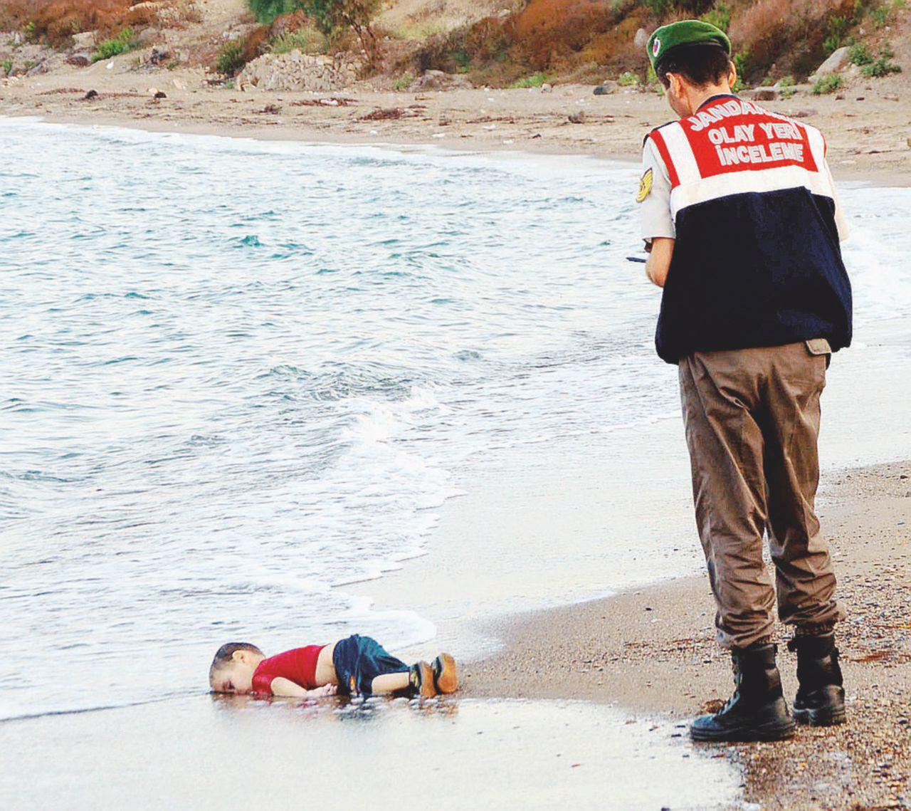 L'esercito dei bambini morti contro le nostre coscienze