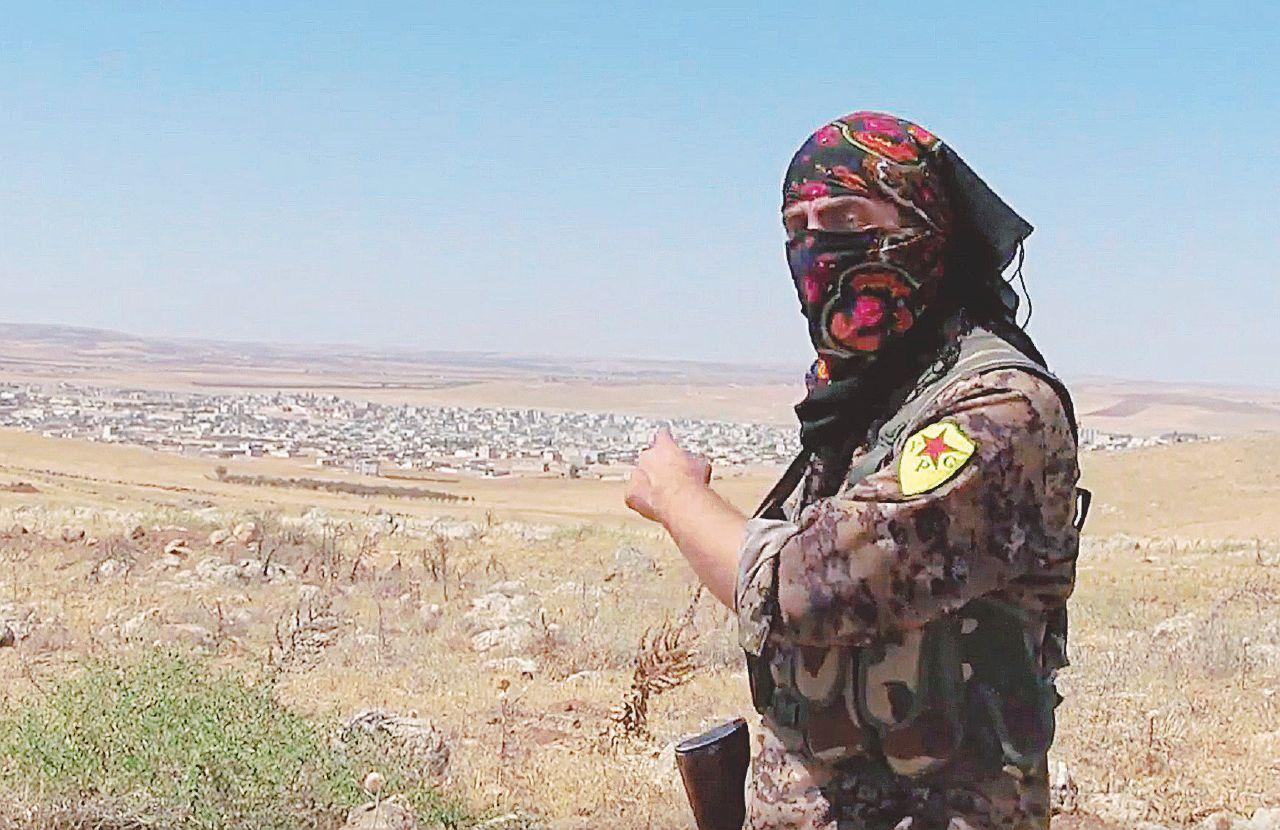 """Il """"guerrigliero"""" torinese anti-Isis sfida Renzi dalla Siria: """"Rompa con Ankara"""""""