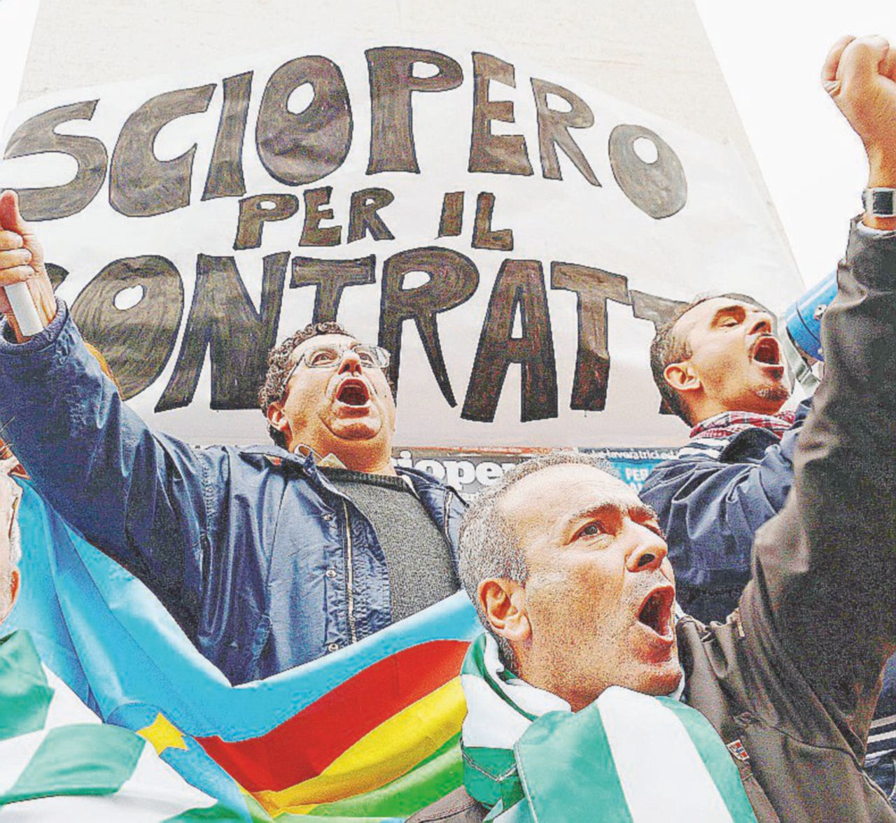 """Bancari """"spropositati"""" e pronti allo sciopero: """"Renzi, adesso basta!"""""""
