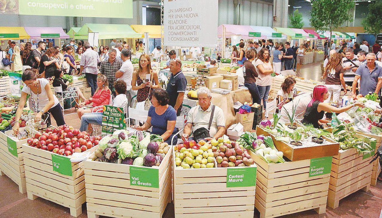 Gli italiani risparmiano su tutto ma non sui prodotti biologici