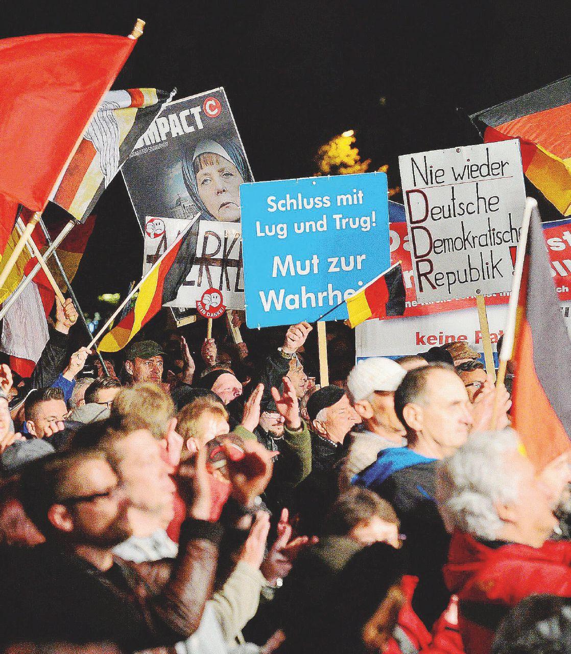 Merkel, migranti e sfiducia corsa a ostacoli per il 2017