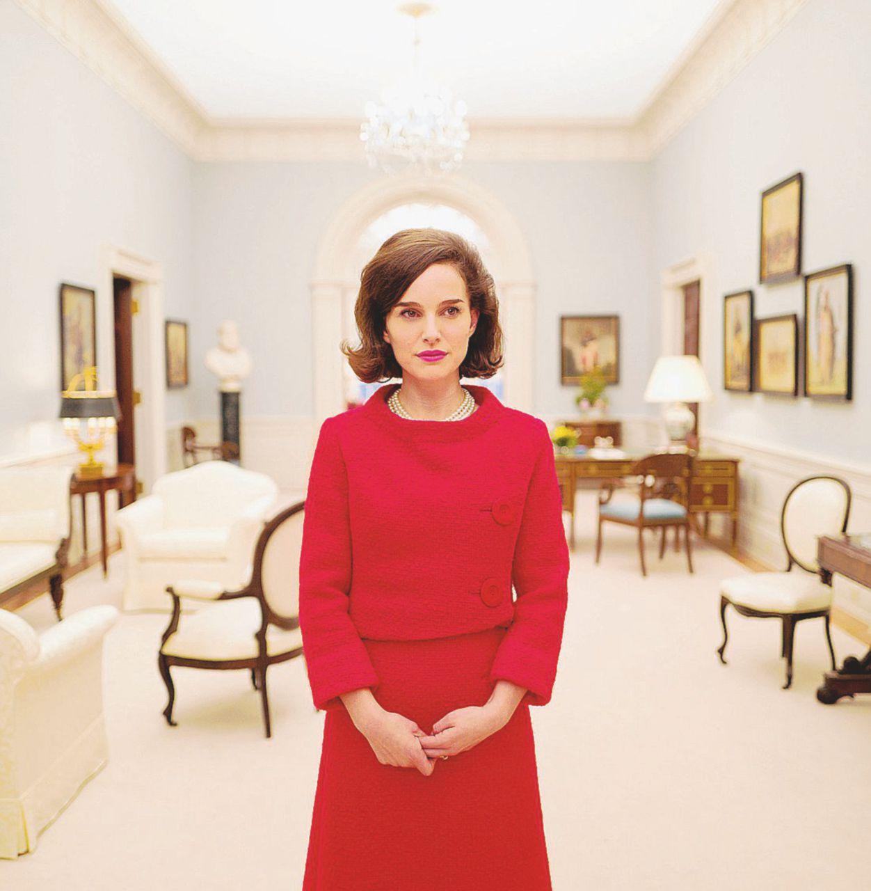 Jackie, la più amata perfino nello Chanel sporco di sangue
